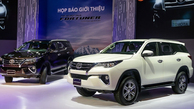 Fortuner tro lai manh me, doanh so toyota tang manh