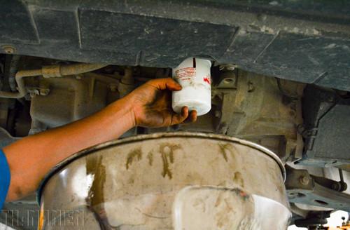 Hình ảnh bộ lọc dầu động cơ xe ô tô
