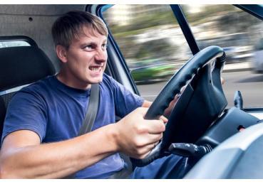 5 thói quen phá xe của tài xế