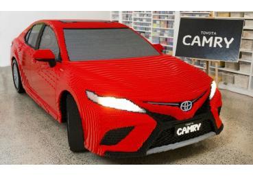 Chiếc Toyota Camry làm từ 500.000 viên Lego