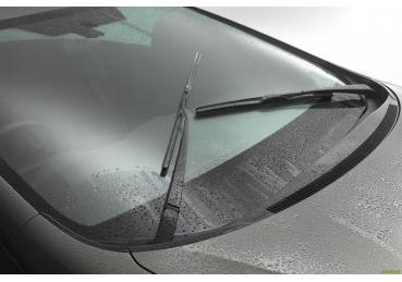 Nguyên nhân khiến cần gạt nước ô tô kém hiệu quả