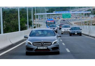 Những lưu ý giúp bạn lái xe đường dài an toàn dịp Tết