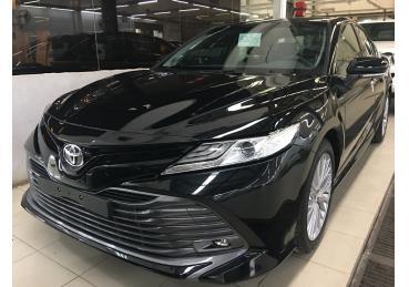 Trước giờ G Toyota Camry 2019 ồ ạt về đại lý sẵn sàng trước ngày mở bán